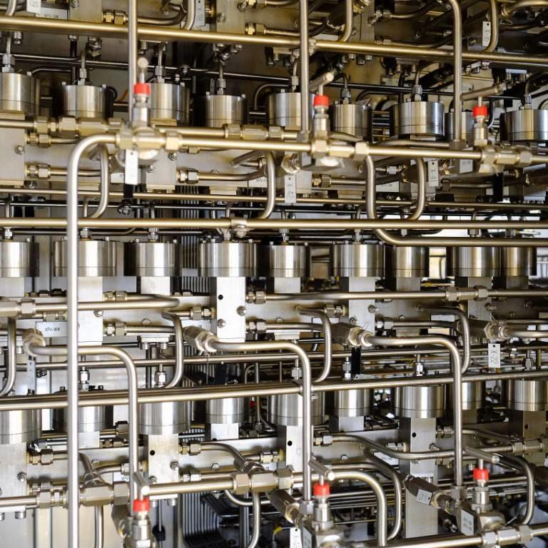 Hydraulic control lines system